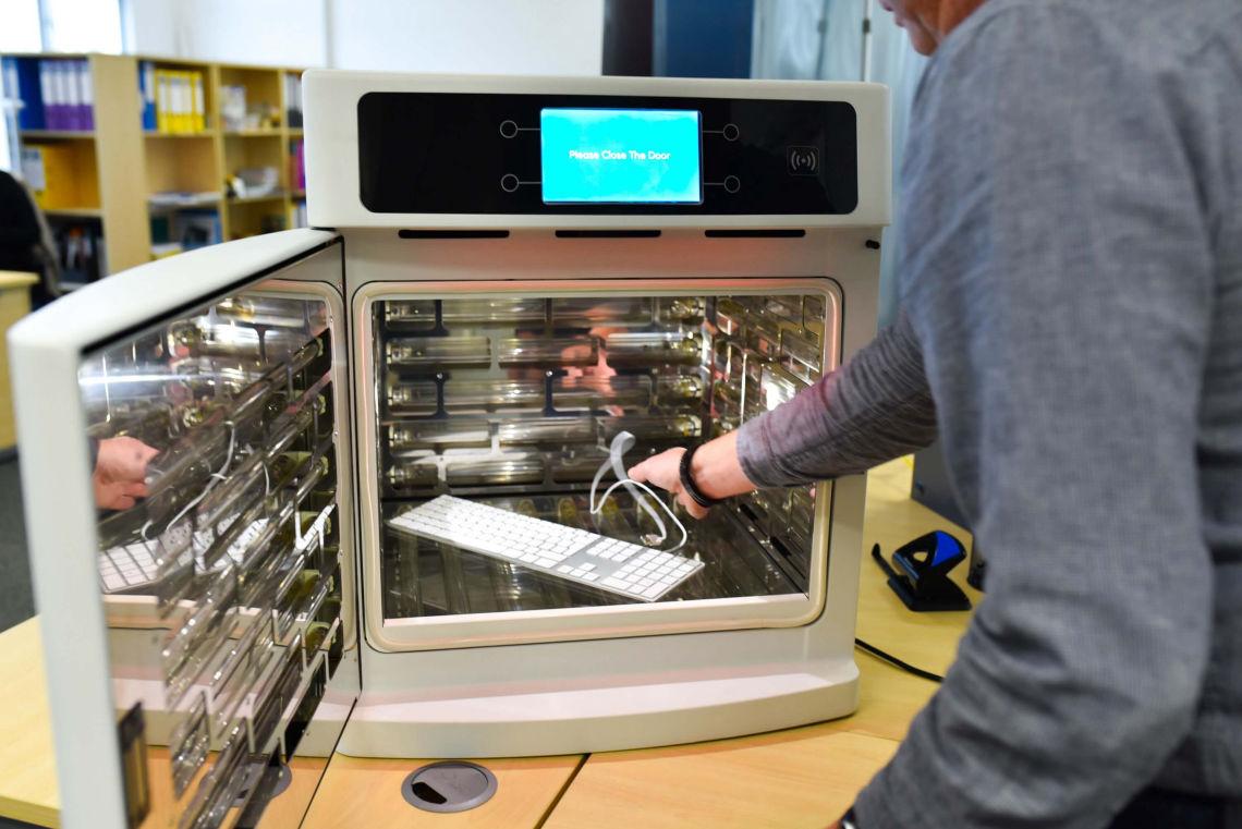 Zeus Smart UVC Cabinet